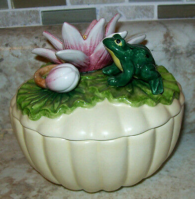 Vintage Fitz  Floyd Classics Cream Covered Trinket Dish Box Frog Lily Pad Turtle