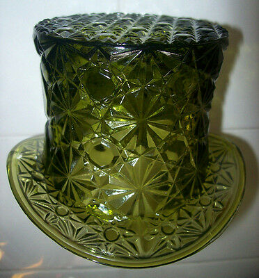 "VINTAGE SMITH GREEN GLASS DAISY & BUTTON TOP HAT LARGE  4.5"" by 3.5"""
