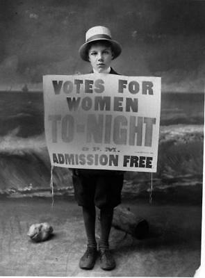 Photo. 1911-2. WOMEN'S SUFFRAGE - VOTES FOR WOMEN  TONIGHT ADMISSION FREE