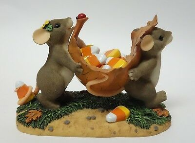 Charming Tails THERE'S SOMETHING SWEET BETWEEN US 85/107 Halloween MICE FIGURINE
