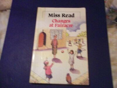 Changes at Fairacre (Paragon Softcover Large Print Boo... by Miss Read Paperback