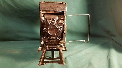 Early 1900's Ica Nixe 555 camera with Zeiss Tessar 4.5/135mm lens & leather case