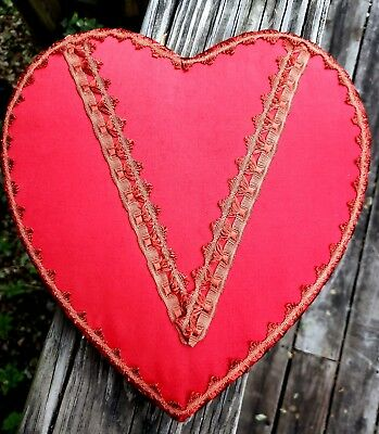 Vintage Red Satin Valentines Day Heart Chocolate Candy Box Old Estate Find