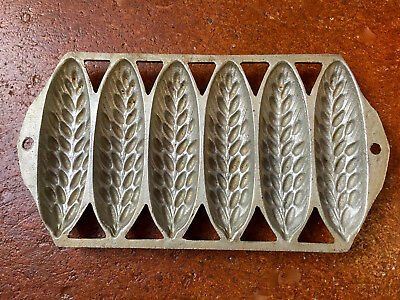 Antique/Vintage Corn-Stick Cob-Mold~Muffin Baking Pan 7-Slot Cast Iron~numbered