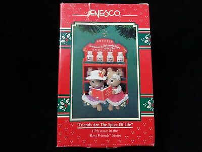 Enesco-Friends-are-the-Spice-of-Life-Christmas-Ornament-5th-in-series