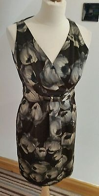 HOBBS ~ Beautiful Black and Grey Silk Floral Patterned Dress  ~ UK 8 ~ Worn Once