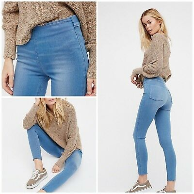 893267b6425333 FREE PEOPLE EASY Goes It Stretch Skinny Jeans. Dark Denim. Size 29 ...