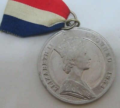 1953 Elizabeth Ii Coronation Medallion