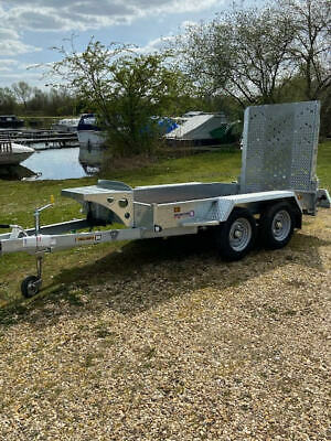 SPECIAL RED' PRICE-Plant Trailer Payload 2130kg Beavertail & Ramp 2.74m x 1.22m