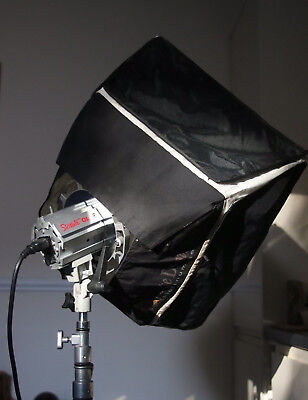 Photoflex Starlite QL softlight kit with stand and Pelicase 1600