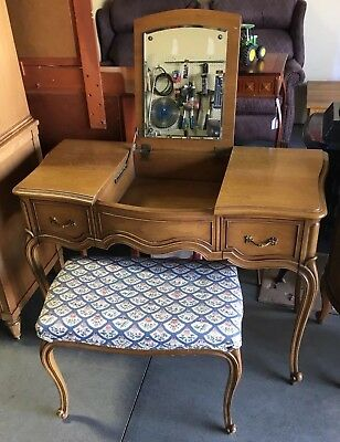 Vintage Drexel Touraine Collection French Provincial Vanity Dressing Table Desk