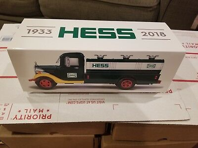 2018 Hess Truck 85th Anniversary Collector's Edition Free Shiping **Sold out**
