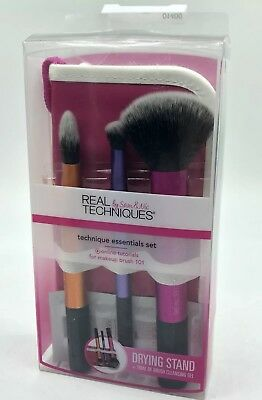 Real Techniques Travel Essentials Brush Brushes  MakeUp Make Up Set