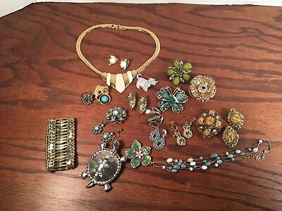 Huge Lot of Vintage Jewelry Sara Coventry Brooch Earrings Turtle Ring Leopard