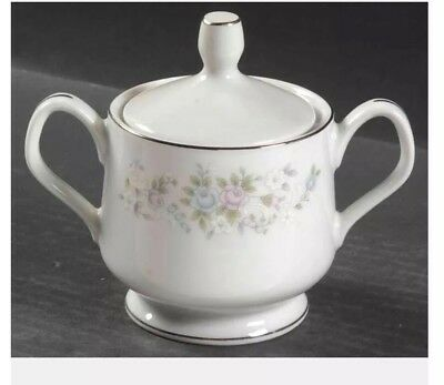 Sugar Bowl And Creamer By Carlton ( Japan)