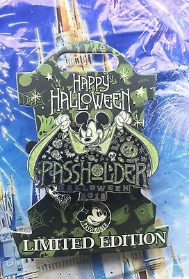 Disney Parks Halloween 2018 Annual Passholder Exclusive Mickey Pin LE 4000 NEW