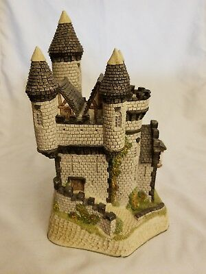 David Winter Cottages #25 MacBeth's Castle from the Scottish Collection 1988