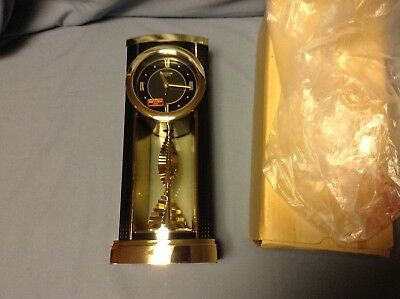 "UNIQUE RHYTHM Quartz Mantel Clock Battery Operated 12"" JAPAN"
