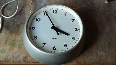 GENTS of Leicester Electric Slave Wall Clock