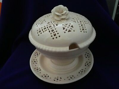 Unusual Royal Creamware Tureen..complete Set..ex Cond.