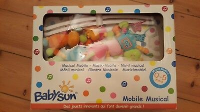 Mamas & Papas 756035000 Welcome to The World Musical Mobile