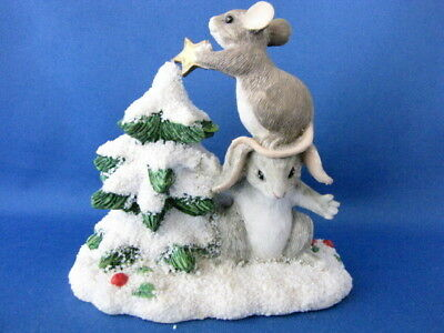 Charming Tails Silvestri Mice Putting Star On Top Of Christmas Tree Figure
