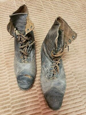 Antique Victorian Ladies Brown Leather High Top Lace Lace Up Shoes Boots