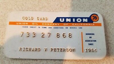 Vintage 1954 Union 76 Gas and Oil Gold Credit Card