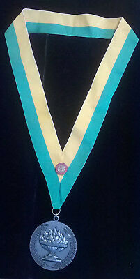 Vintage President's Award For Educational Excellence Medal & Ribbon w/pin Estate