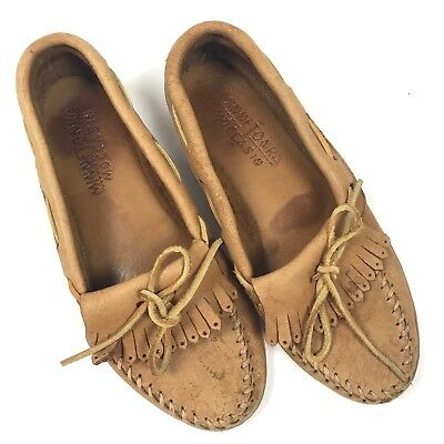 Minnetonka Moccasin Brown Women Size 9.5B Tassels Bow Slip On Soft Leather Suede