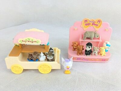 SYLVANIAN FAMILIES  TOY SHOP Wagon & gift shop wagon includes toys & gifts
