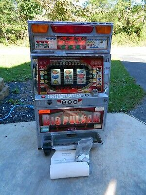 Pachislo Big Pulsar Slot Machine Tokens & Coin Skill Stop Slot Machine Yamasa Co
