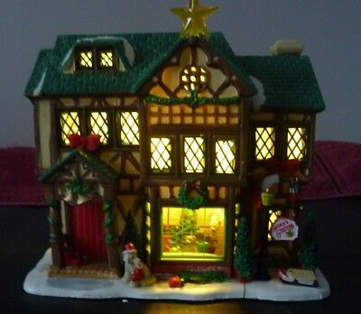 Lemax Caddington Village Collection. Christmas Tudor Style House