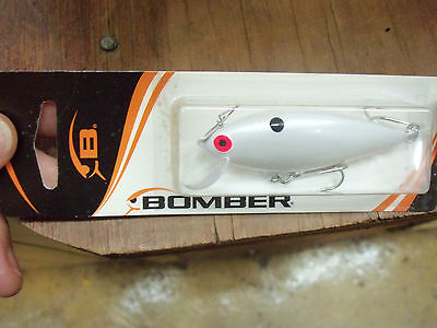 """Hard To Find Bomber Speed Shad,#B03,3/"""",Pearl White"""