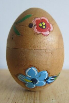 Vintage Tyrolean Hand Painted Floral Treen Egg That Divides Into 2 Egg Cups