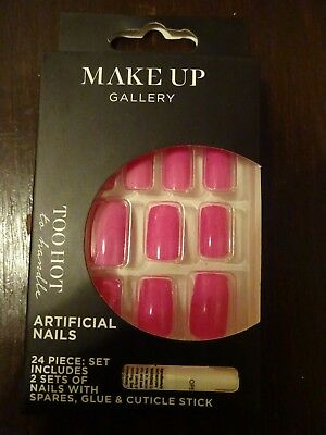 Make-Up Gallery Too Hot Pink False Nails 24 Piece With Glue Christmas Party New