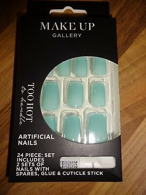 Make Up Gallery Hot Green False Nails 24 Piece & Glue Christmas Party New