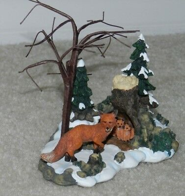 Dept 56 FOXES IN THE FOREST Tree Den Winter snow scene 52744 Red FOX and Babies