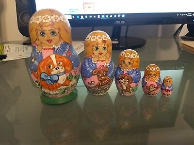 Wooden Russian Nesting Dolls 5 Doll Set Hand Painted  Vintage