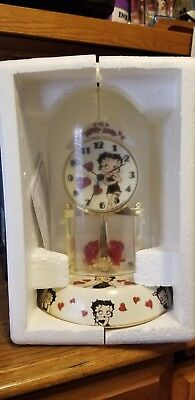 Betty Boop 2011 Porcelain Anniversary Clock With Dome King Features Syndicate