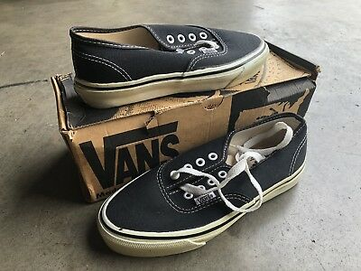 fa60150228 Vintage DS Vans Authentic Canvas sz 5 M 6.5 W Black White Made in USA