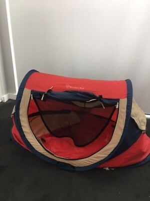 KinderKot baby travel cot camping portable tent red compact travel cot.