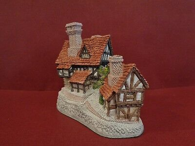 """David Winter Cottage """"Stratford House"""" made in Britain in 1981 with original box"""