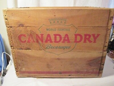 Vintage Canada Dry  Soda  Wood Carrying Crate New Haven Conn. 1952 Green Co Manf