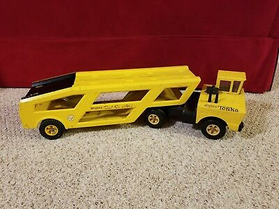 Mighty Tonka Car Carrier Pressed Steel Semi Truck toy large hauler transporter