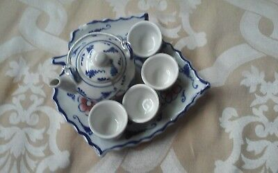 Collectible Miniature Chinese Tea Set w/ 4 Cups and Plate; Blue and Pink