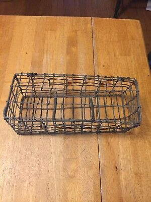 """Vintage Handmade Rectangular Wire basket w/Handle Top Opens 12"""" by 5"""""""
