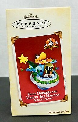 2005 Hallmark Keepsake Duck Dodgers and Marvin the Martian Looney Tunes Ornament