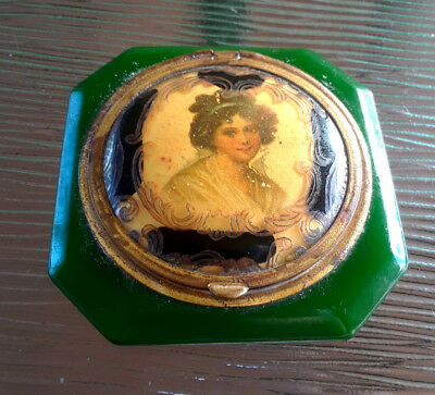 Vintage AMAZING Green Bakelite Cameo Portrait of Lady Compact Rouge & Powder Duo
