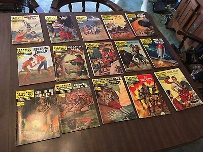 Lot Of 15 Classics Comics
